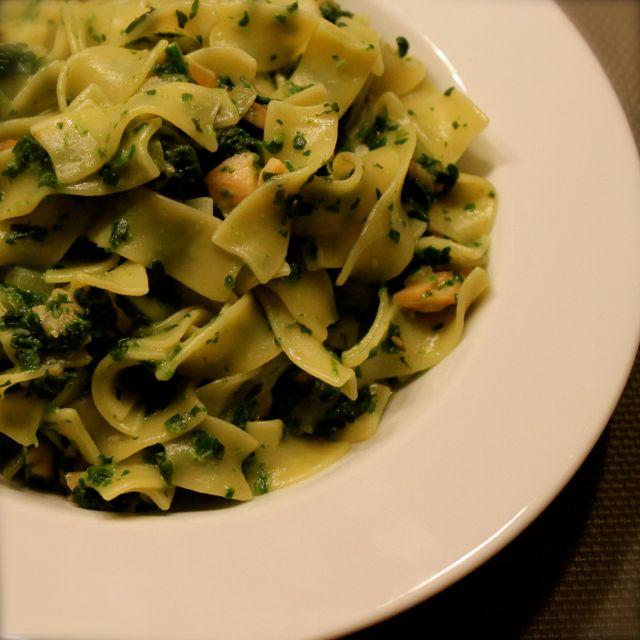 Tagliatelle met spinazie-zalmsaus