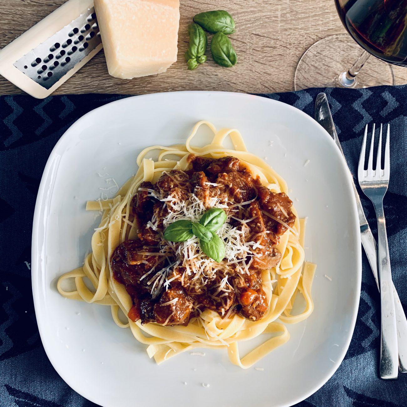 Italiaans stoofvlees met tagliatelle